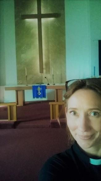 Mia ja kirkko